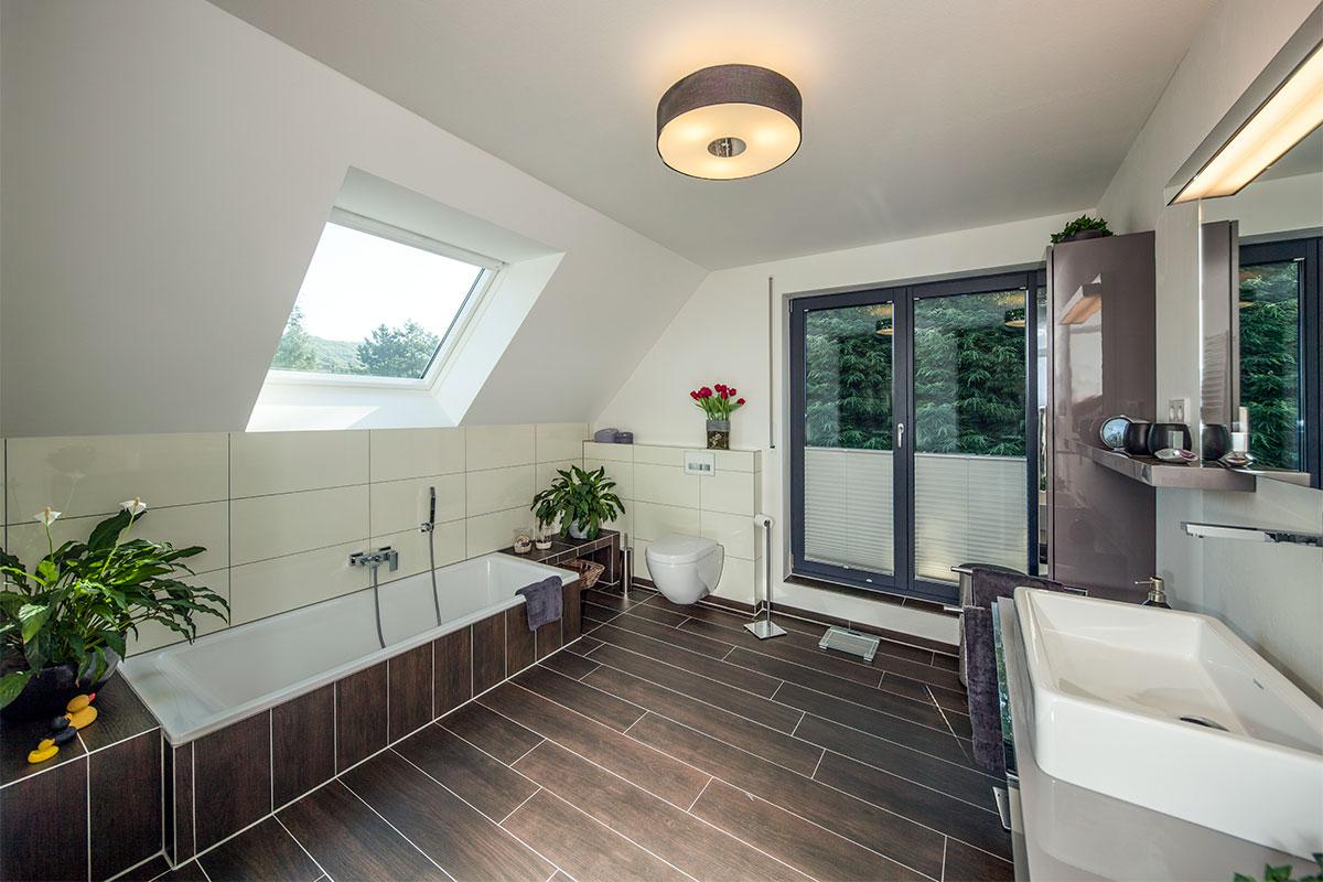 Haus vettel for Hausbau modern satteldach